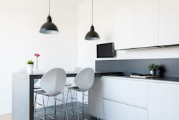 minimalistic Kitchen by Made with home