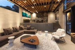 Salas / recibidores de estilo moderno por grupoarquitectura