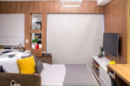 غرفة المعيشة تنفيذ Danyela Corrêa Arquitetura