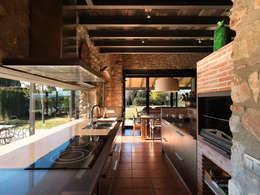 Cocinas de estilo  por Irabé Projectes