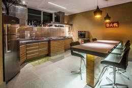 modern Kitchen by fatto arquitetura