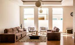 modern Living room by Aresto Arquitetura