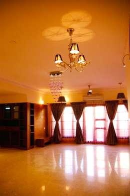 Salas / recibidores de estilo  por Scale Inch Pvt. Ltd.