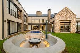 Casas modernas por Karel Keuler Architects