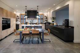 ห้องครัว by Karel Keuler Architects