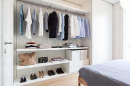 Dormitorios de estilo minimalista de Didonè Comacchio Architects