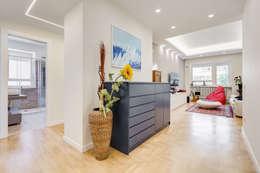 Farnesina   minimal design: Ingresso & Corridoio in stile  di EF_Archidesign