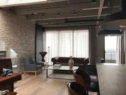 sala : Salas de estilo industrial por Ecologik