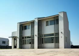 Glocal Architecture Office (G.A.O) 吳宗憲建築師事務所/安藤國際室內裝修工程有限公司의  주택