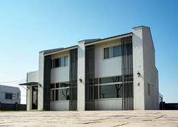 北緯23.5度 23.5 Degrees North of the Equator: 住宅 by Glocal Architecture Office (G.A.O) 吳宗憲建築師事務所/安藤國際室內裝修工程有限公司