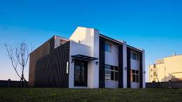 Rumah by Glocal Architecture Office (G.A.O) 吳宗憲建築師事務所/安藤國際室內裝修工程有限公司