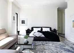 Sandhurst home: modern Bedroom by Casarredo