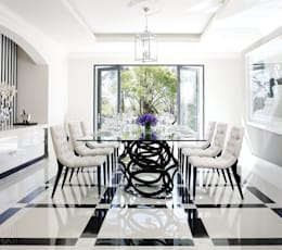Sandhurst home: modern Dining room by Casarredo