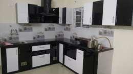 Modular Kitchen : modern Kitchen by Eight Streaks Interiors