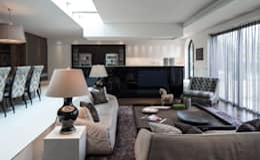 Projekty,  Salon zaprojektowane przez Roselind Wilson Design