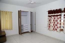 Buy Online Wardrobe In India: asian Bedroom by Scale Inch Pvt. Ltd.