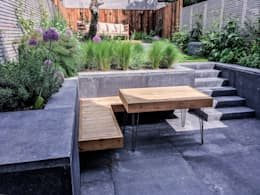 Bespoke Western Red Cedar hairpin leg table and built in floating bench: modern Garden by Tom Massey Landscape & Garden Design