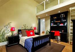 Boys Bedroom: modern Bedroom by Douglas Design Studio