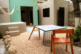 Terraza Patio: Terrazas de estilo  por Quinto Distrito Arquitectura
