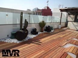 MVR ARQUITECTOS   Remodelación Sky Garden Somático   - Trabajo Terminado.: Terrazas de estilo  por MVR ARQUITECTOS  Estudio de Diseño y Arquitectura