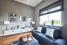 Gabinet/pokój TV: styl , w kategorii Domowe biuro i gabinet zaprojektowany przez Mhomestudio
