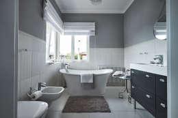 Główna łazienka : styl , w kategorii Łazienka zaprojektowany przez Mhomestudio
