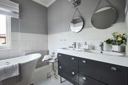 Główna łazienka: styl , w kategorii Łazienka zaprojektowany przez Mhomestudio