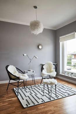 Pokój: styl , w kategorii Sypialnia zaprojektowany przez Mhomestudio