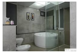 Master Bath: modern Bathroom by Akruti Interiors Pune