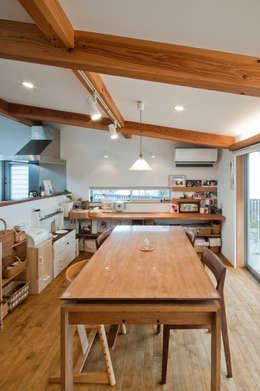 FrameWork設計事務所: iskandinav tarz tarz Yemek Odası