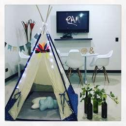 Teepee para habitación niño: Dormitorios de estilo  por CONSTRUCCIONES 2AM S.A.S.