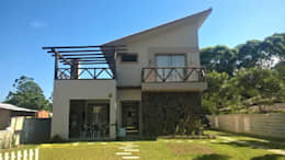 Nhà by CASA+ Arquitetura