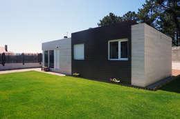Casa prefabricada Cube 75: Cocinas de estilo moderno de Casas Cube