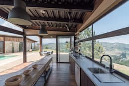 Cocina: Cocinas de estilo rural por OPUS
