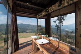 Baños de estilo rural por OPUS