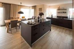 Кухни в . Автор – FingerHaus GmbH