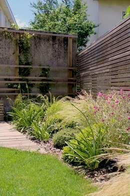 Jardines de estilo moderno por Constans Paysage