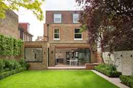 Garden: modern Garden by Fraher Architects Ltd