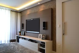 Salas de estilo moderno por Join Arquitetura e Interiores