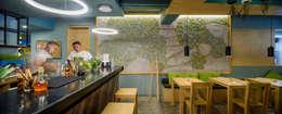 Solaz: Restaurantes de estilo  por graus