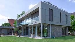 房子 by Markisen Zanker