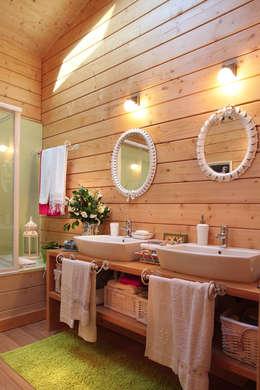 rustic Bathroom by Rusticasa