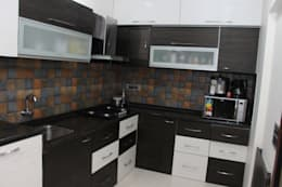 Modular Kitchen: modern Kitchen by Vinayak Interior | Interior Designing and Decorator Companies