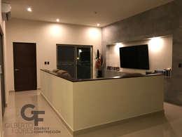 Sala TV: Salas multimedia de estilo moderno por GF ARQUITECTOS