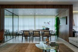 modern Dining room by Escritório Fabíola Constantino