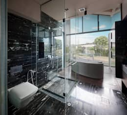 Bathroom:  Kamar Mandi by E&U
