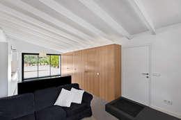 Livings de estilo mediterraneo por Aina Deyà _ architecture & design