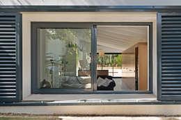 Casas de estilo mediterraneo por Aina Deyà _ architecture & design
