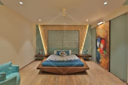 CAPITAL GREEN-2: asian Bedroom by SPACCE INTERIORS