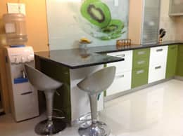 MODULAR KITCHEN IN FARIDABAD: asian Kitchen by MAJESTIC INTERIORS